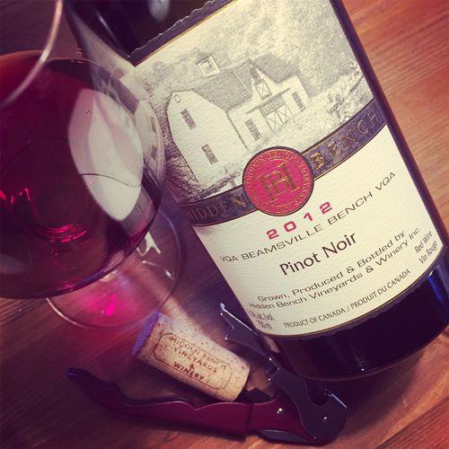 Semaine du 5 mars 2017 Hidden-Bench-Estate-Pinot-Noir-Beamsville-Bench-VQA-2012_2