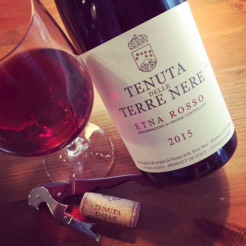 Semaine du 2 avril 2017 - Page 2 Tenuta-delle-Terre-Nere-Etna-Rosso-2015_2