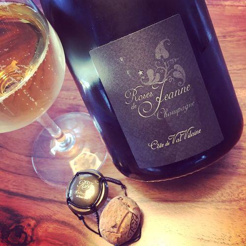 Semaine du 4 février 2018 Cédric-Bouchard-Roses-de-Jeanne-Côte-de-Val-Vilaine-Champagne-Blanc-de-Noirs-2012