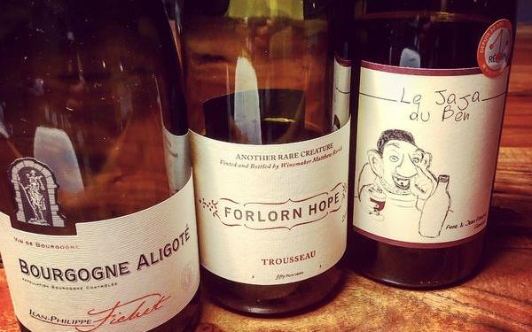 Qu'est-ce qu'on boit - Du vin pâle